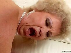 Busty granny crashed to a hot fuck