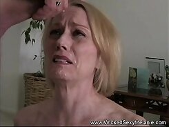 Beauteous granny fucked in the bedroom
