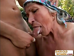 An older guy fucks a young blondie hotty outdoors