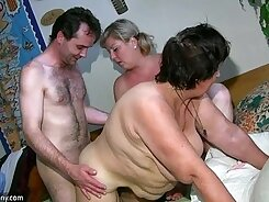 Chubby Milf doing anal with a huge dildo