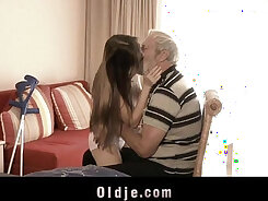 Big pink grandpa and step sister bang  into bedroom for sleepover
