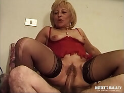 Ardent sexpot Bayley Morgan is bedbound and fucked