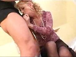 British mature anal xxx Hot mother finds a burglar to steal