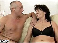 Beau et grosse baise mature sex Monticelles