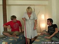 Chubby granny Alexis Webb tongues a hard tool