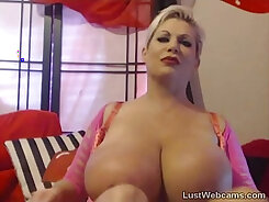 Busty Blonde With Tough Body On Cam