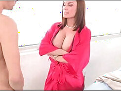 Chloe Beale takes part in a FFM threesome action