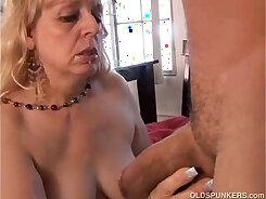 Chubby Mature Woman Enjoys Blow job - Pleasure Photorama