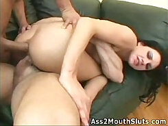 Club bottom slut giving head and gets her asshole properly filled by boyfriend