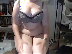 Busty Girl Cythereon Cams In The Office