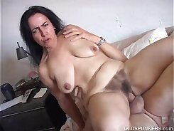 Mature bigfoot babe picked up and fucked