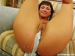 Foursome Bet gets cumshot on her pretty face